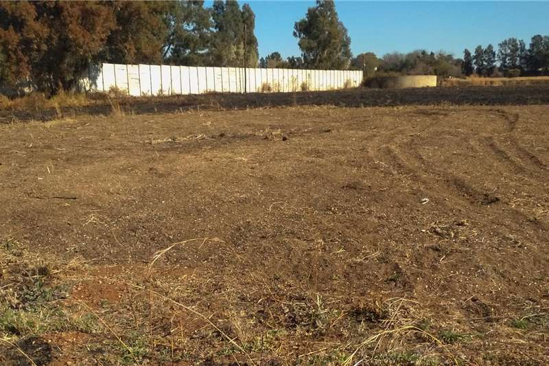 Other planting and seeding 100m3 compost available for sale Planting and seeding