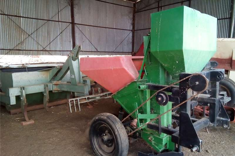 Other planting and seeding Aartappel Planter Dormas Een Ry Planting and seeding