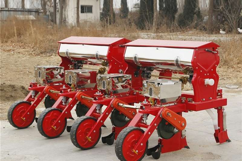 Row units 4 Row Planter ON SPECIAL Planting and seeding