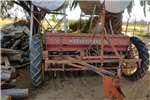 Planting and seeding Row units Planter