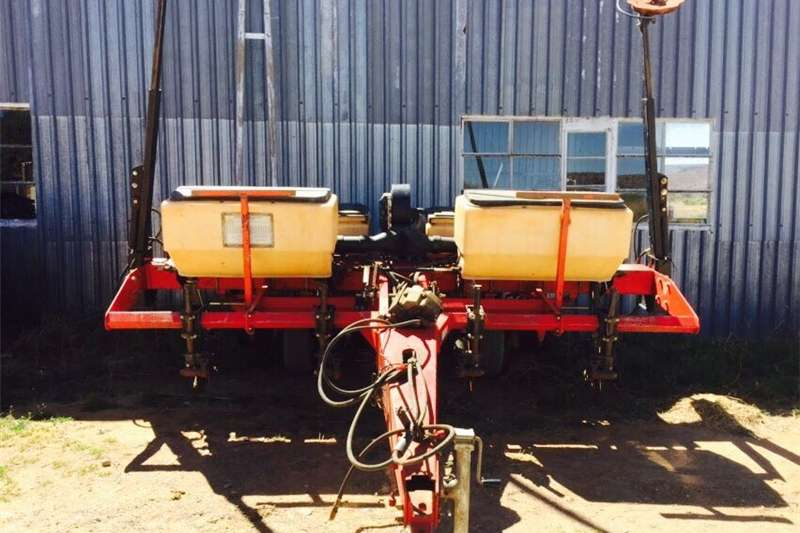 Row units Planters Planting and seeding
