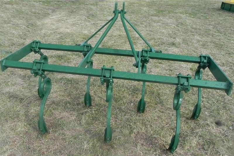 Chisel ploughs Implements Ploughs