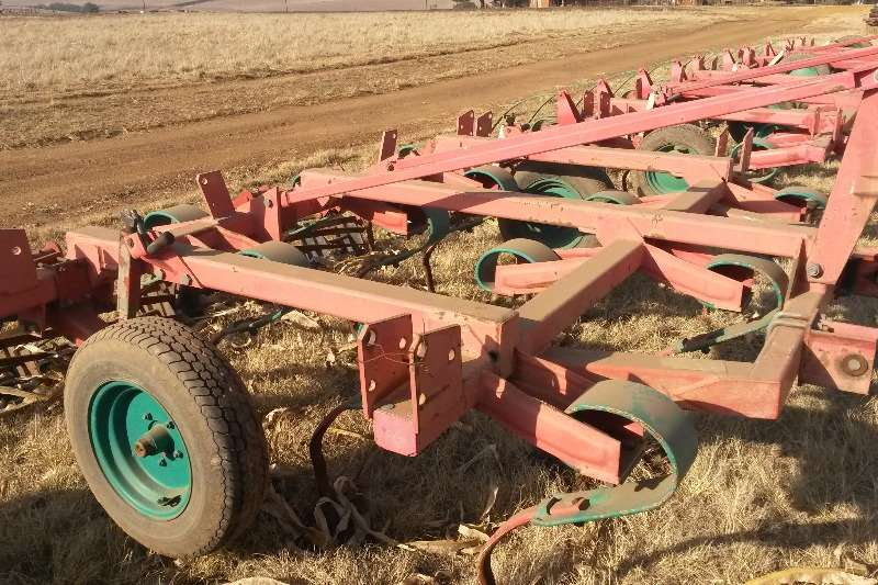 Ploughs, cultivators, discs Kverneland CLF 15 TAND + ROLLERS 0