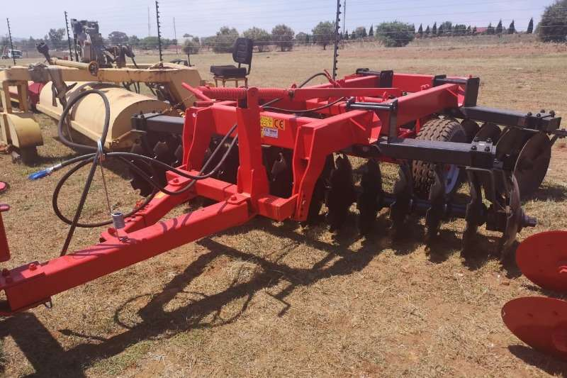 Disc harrows New Agrional 28 Disc Harrow Ploughs