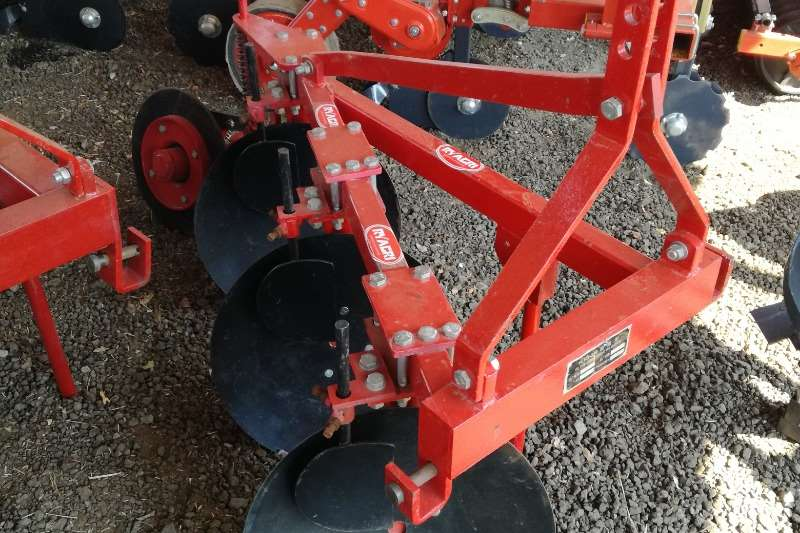 Disc ploughs New 3 Disk Plough Ploughs
