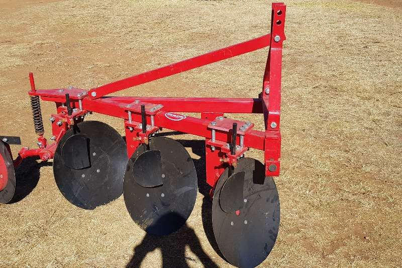 Ploughs Disc Ploughs New 3 furrow light duty disc plough