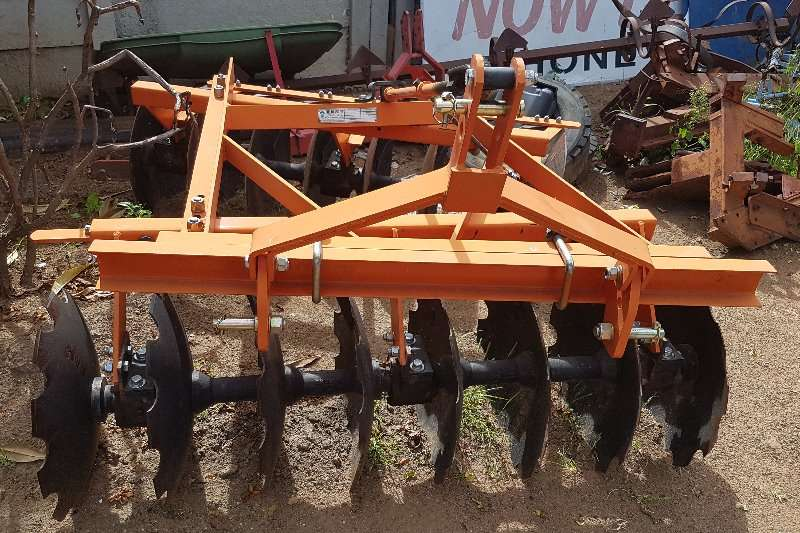Ploughs Other Fieldking 16 disc 2013