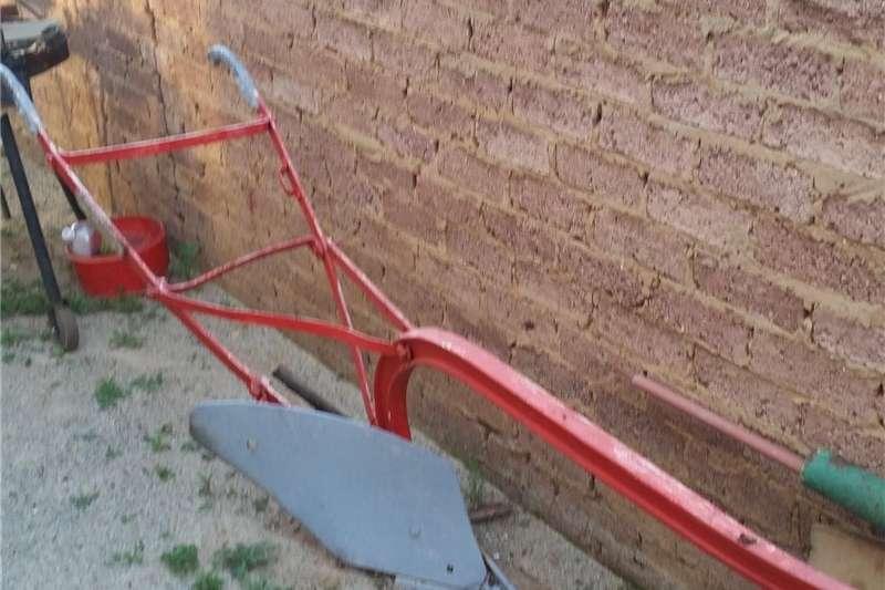 Ploughs Other Ploughs 2  Antieke Os ploegies te koop