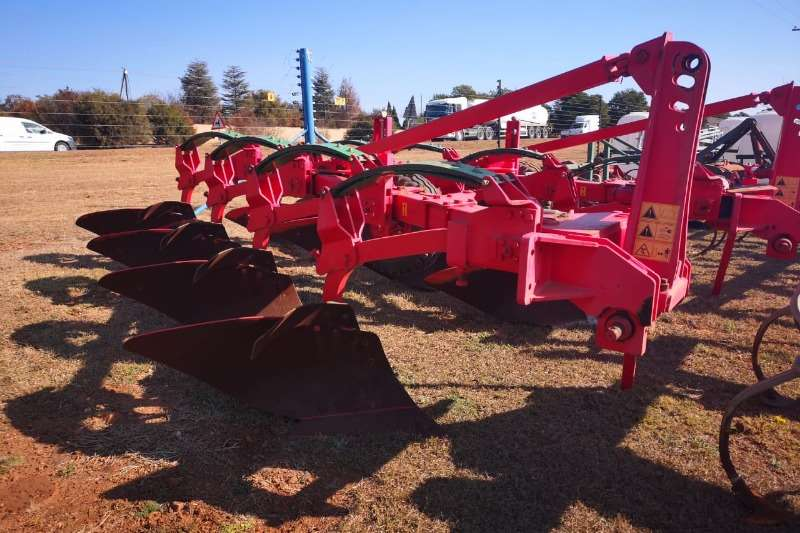 Other ploughs 4 Share auto Reset Plough x2 Ploughs