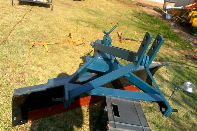 Ploughs Other Ploughs scraper