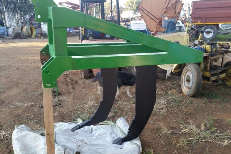 Rakes, Rippers, Rotovators Other Moffie Ripper 0