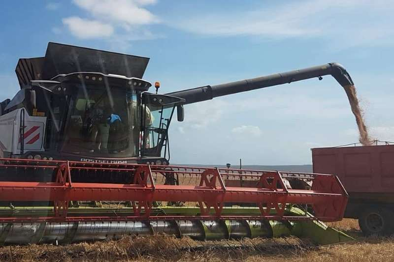 Rostselmash Grain harvesters TORUM 780 Combine harvesters and harvesting equipment