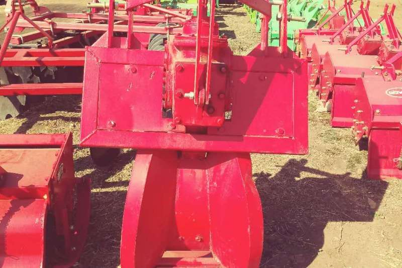RY Agri Farming Trencher Machinery