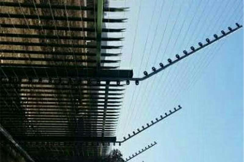 Services electric fencing