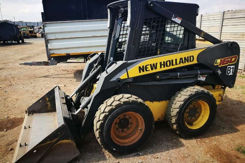 Skid Steers Construction Skidsteer New Holland NH L160 - 012 520 5010