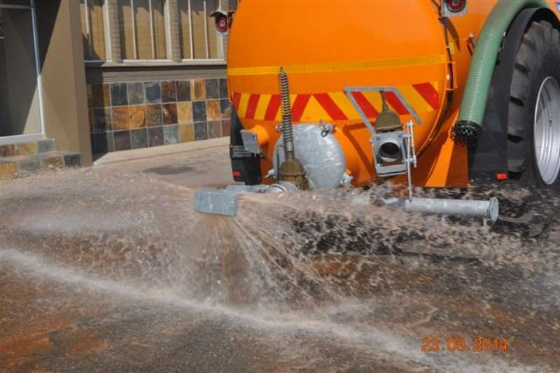 Sprayer NEW CHIEFTAIN 11000L WATER/DUST SUPPRESSION TANKER Sprayers and spraying equipment