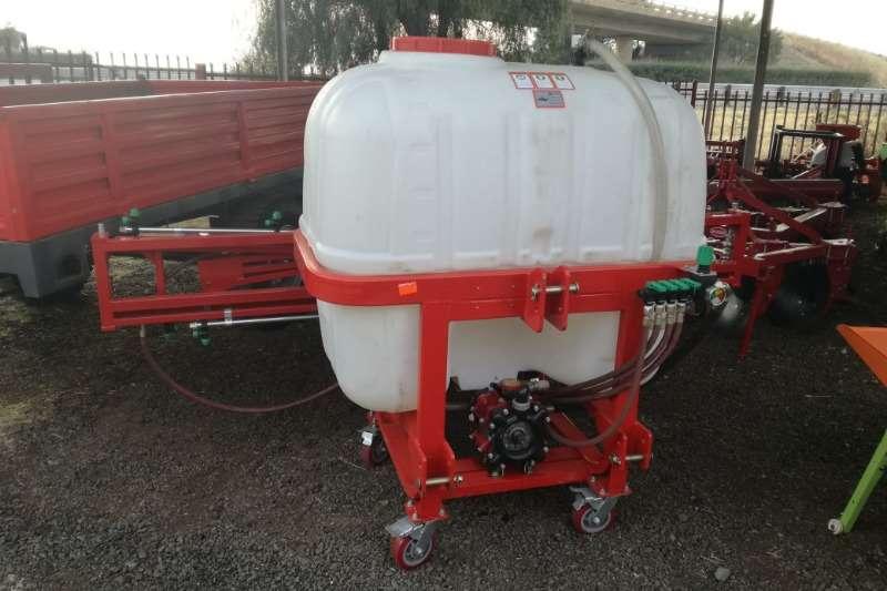 New 500 L Boomsprayers 8m Sprayers and spraying equipment