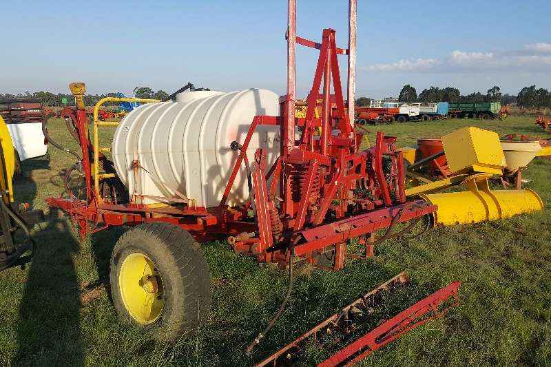 Other Boom sprayers 1000 litre sprayer with Hydraulic boom Sprayers and spraying equipment