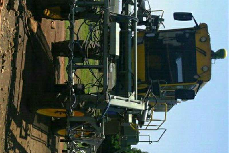 Other sprayers and spraying equipment peak 97kw spuiter self propelled Sprayers and spraying equipment
