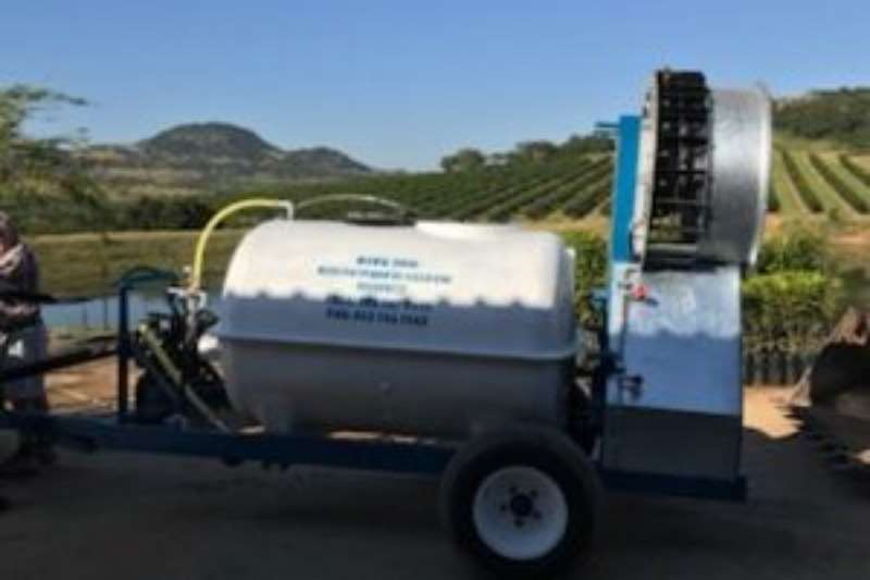 Other sprayers and spraying equipment Raised Hawk Sprayers and spraying equipment