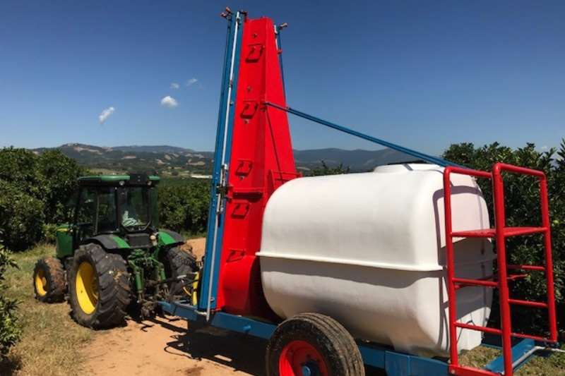Other Tower Spray Rig. Concord 3000L Sprayers and spraying equipment