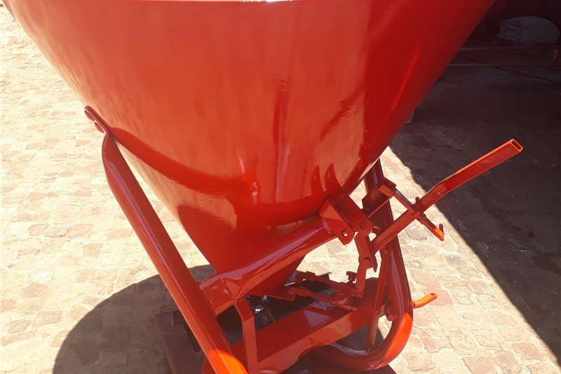 Fertiliser spreader fertiliser spreader Spreaders
