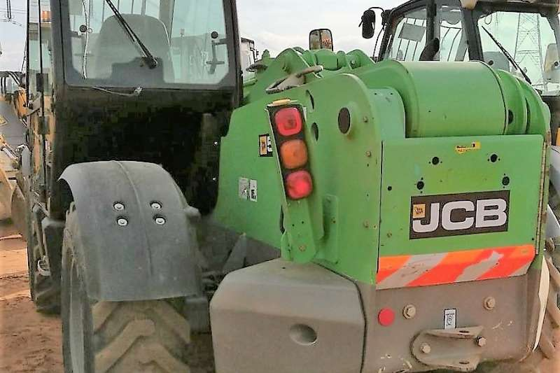 Telescopic Loader Construction JCB 535-140 2011
