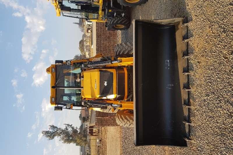 BULL Construction HD96 TLB's