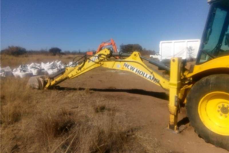Construction New Holland B110B TLB's