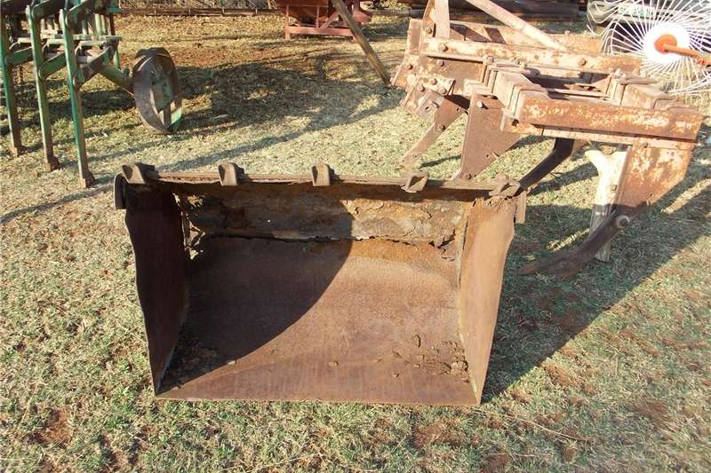 Farming front loader for tractor TLB's