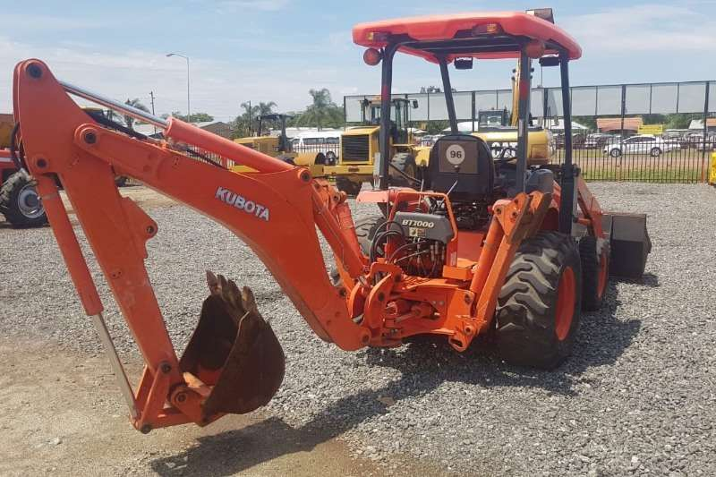 Farming TLB TRACTOR FOR FARM ALL IMPLEMENTS AVAILABLE TLB's