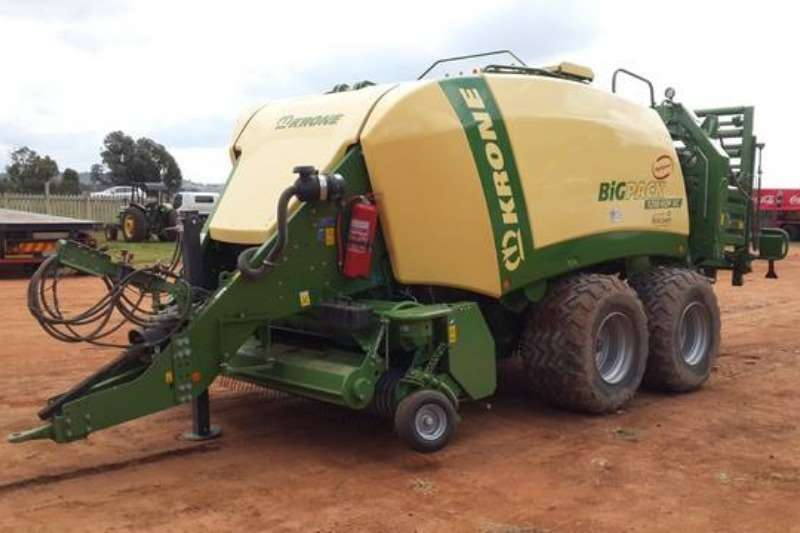 Tools and Equipment Krone 1290 BigPack HDP XC Bale Maker 2015