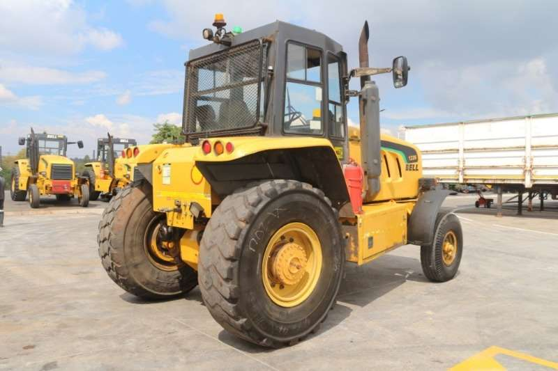 Bell 1226A Tractor Tractors