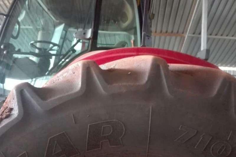 Case Four wheel drive tractors Case Magnum 310 Tractors