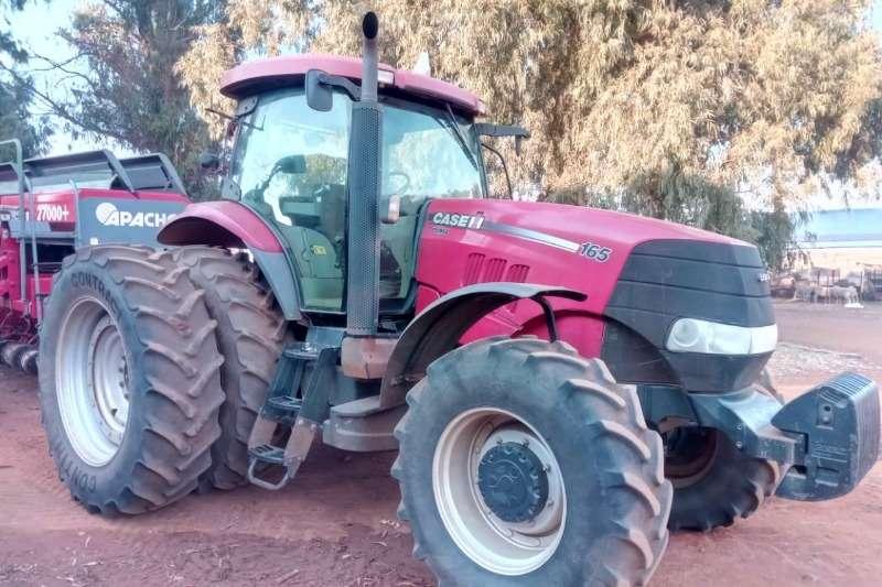 Case Four wheel drive tractors Case Puma 165 Tractors