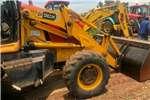 Tractors Compact tractors tlb 4x4 2006