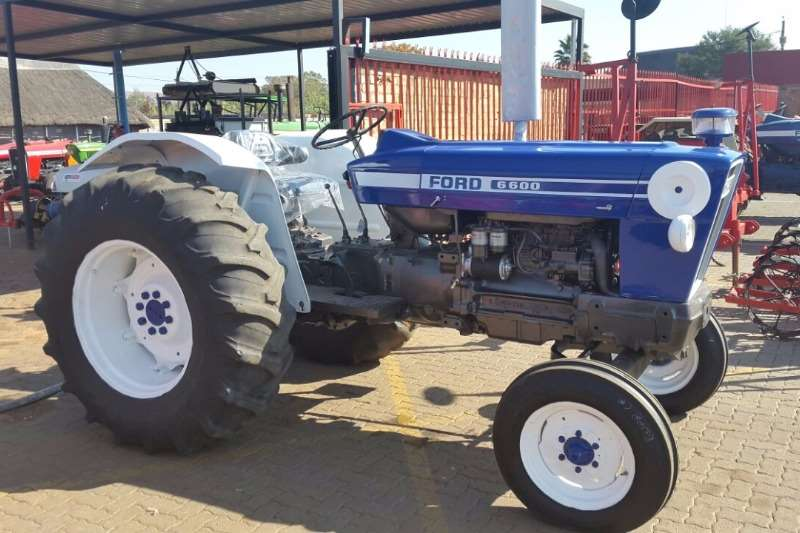 Tractors Ford 6600 0