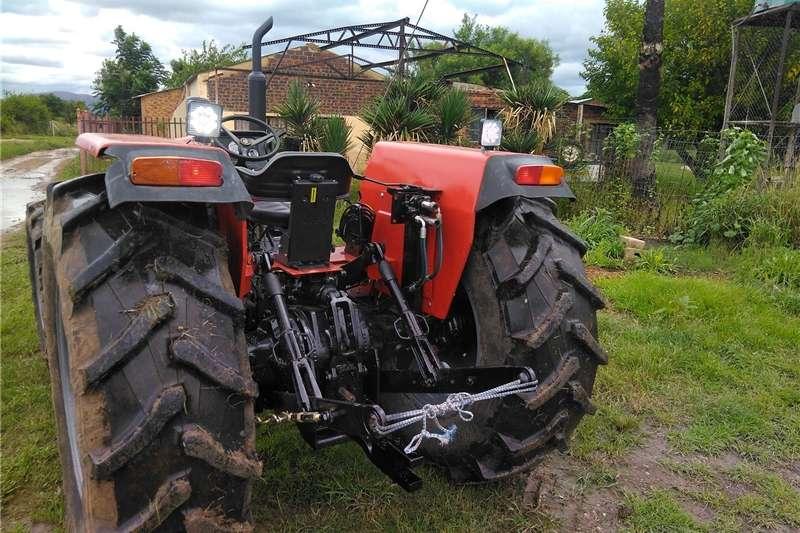 Four wheel drive tractors 440 Massey Ferguson Tractors