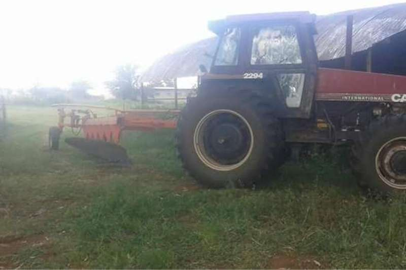 Four wheel drive tractors Case 2294 Cab Tractors