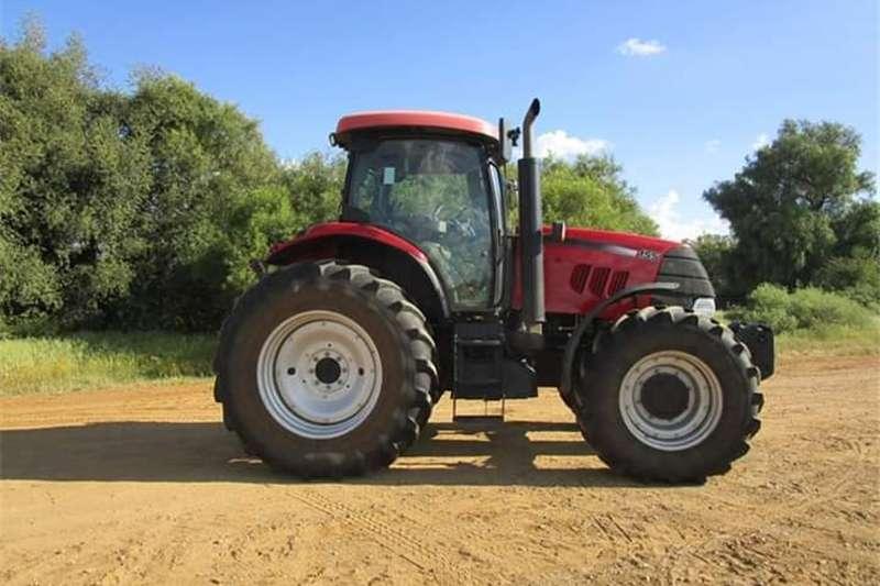 Four wheel drive tractors Case IH 155 4wd Cab Tractors