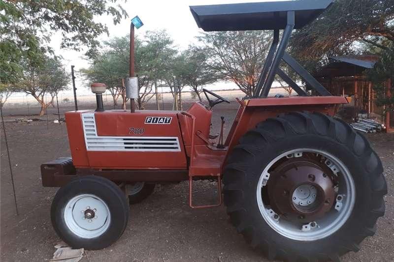 Four wheel drive tractors Fiat 780 Perfekte toestand Tractors