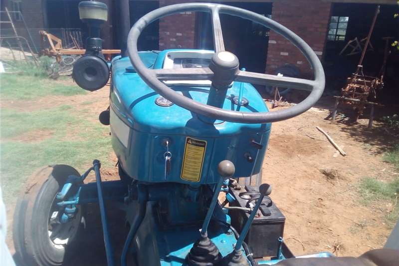 Tractors Four Wheel Drive Tractors Ford 6600 tractor