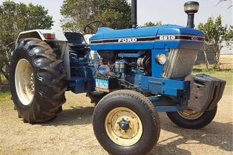 Four wheel drive tractors Ford 6610 Tractors