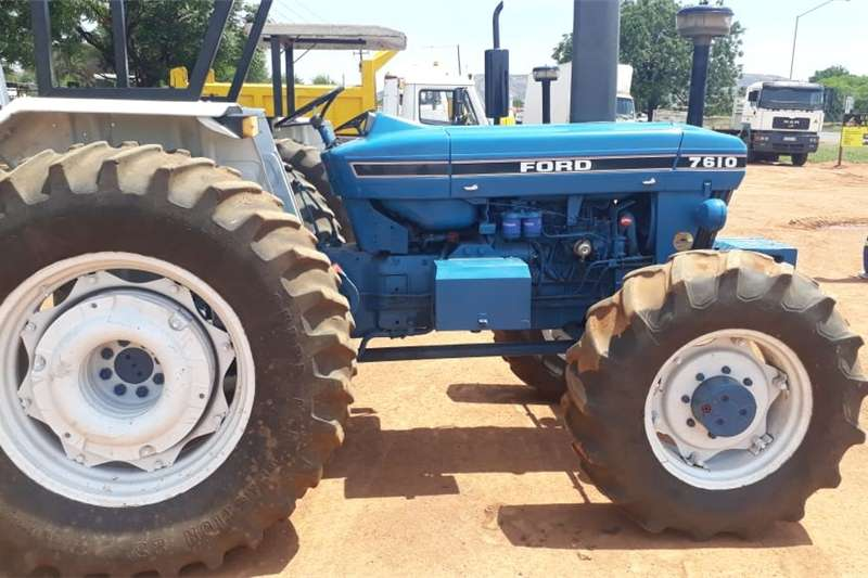 Four wheel drive tractors ford 7610 4x4 refurbished Tractors