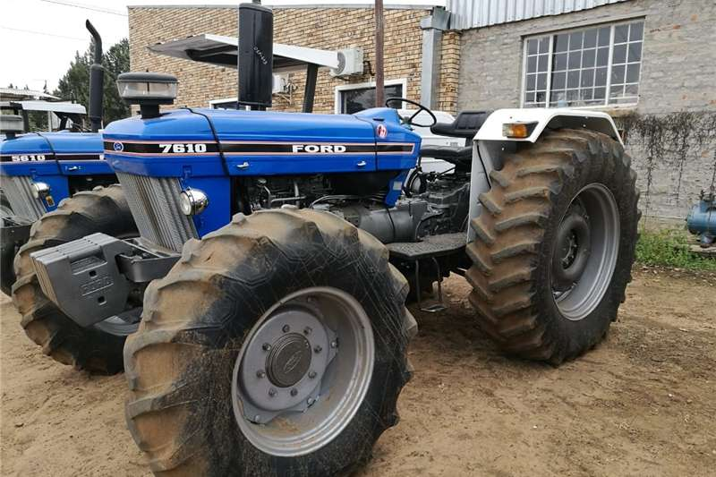 Tractors Four Wheel Drive Tractors Ford 7610DT