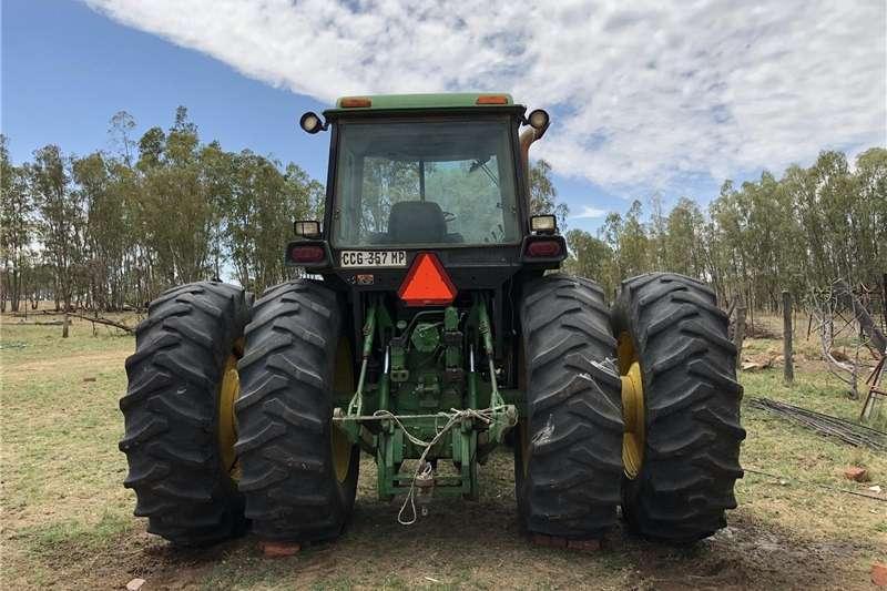 Four wheel drive tractors John Deere 4960 Tractors
