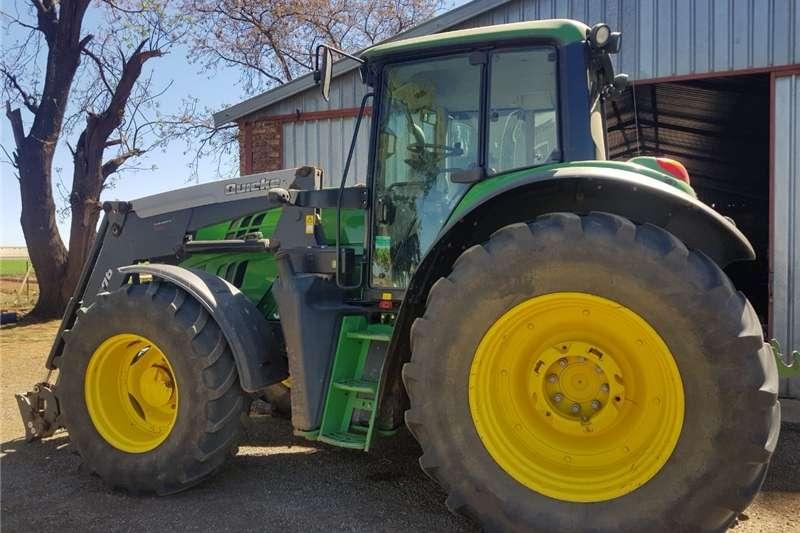 Four wheel drive tractors John deere trekker Tractors