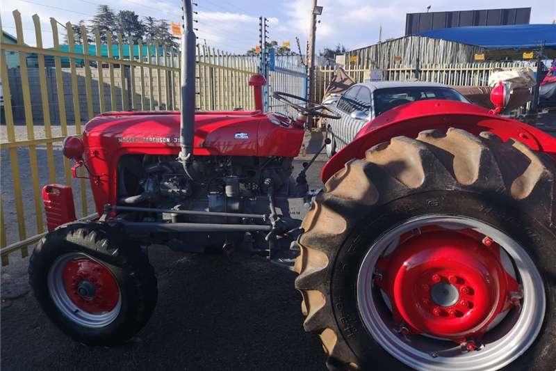 Four wheel drive tractors Massey Ferguson 35X Tractor Tractors