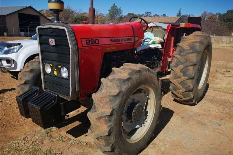 Four wheel drive tractors Massey Furgeson 290 4x4 Tractors