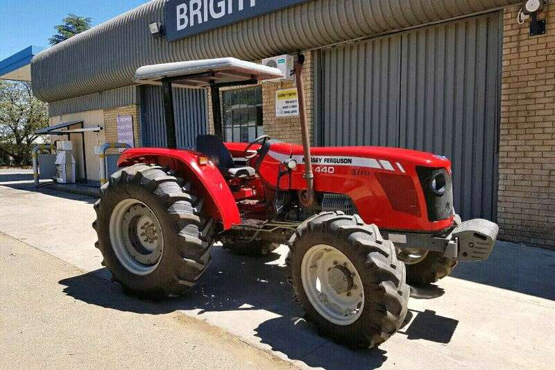 Tractors Four Wheel Drive Tractors Massey Furgeson 440 4x4 2010
